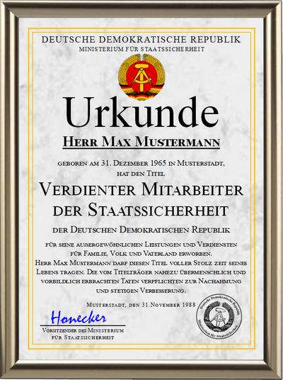 DDR - Verdienter Mitarbeiter der Staatssicherheit - UK-1226
